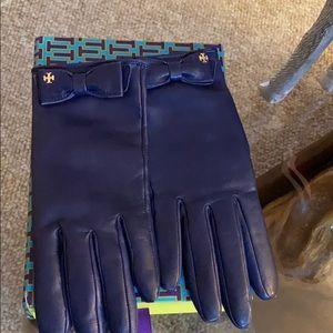 Tory Burch gloves